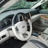 Oprema Jeepa Grand Cherokee 3.0 V6 CRD Limited 4x4 doista je bogata. Doduše, čudi nas izostanak bočnih zračnih jastuka, čak i sprijeda. Ugrađene su tek zračne zavjese. Ostatak opreme je doista na visini, dok kritiku upućujemo izvedbi interijera koji (za razliku od vanjštine ovog automobila) ostavlja doista daleko (pre)jeftin dojam