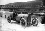 Peugeot L76 - 4 ventila po cilindru i dva bregasta vratila u glavi, davne 1912. (Bibliothèque National de France)