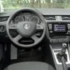 Vozačevo okruženje je pregledno i vrlo ergonomično, a svaki je prekidač na svom mjestu. Vrijeme navikavanja na ovaj automobil je vrlo kratko