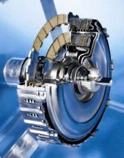 Raniji DSG mjenjači imali su koncentrične 'mokre' spojke s više lamela (Volkswagen AG)
