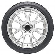 Pored naziva proizvođača i modela gume, tu su i brojni drugi podaci (Goodyear)