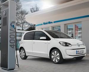 Vijesti - Europska Komisija odlučila - Električni automobili moraju proizvoditi buku