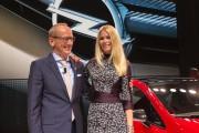 Predstavljanje Corse E: CEO Opela Dr. Karl-Thomas Neumann i Claudia Schiffer (foto: Adam Opel AG)