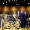 Princ Albert II od Monaka i princeza Charlene u posjetu muzeju Mercedes-Benza