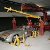 Postavljanje eksponata u muzeju Mercedes-Benza u Stuttgartu