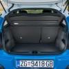 Zapremina prtljažnika iznosi 300, odnosno 922 dm3 s preklopljenom stražnjom klupom, a ispod podnice prtljažnika se nalazio rezervi kotač dimenzija 125/85 R17 za koji je potrebno doplatiti 700 kn