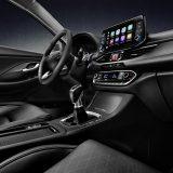 autonet_Hyundai_i30_Fastback_2017-07-14_06