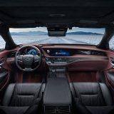 autonet_Lexus_LS_500h_2017-03-09_009