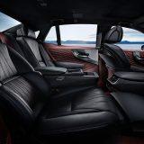 autonet_Lexus_LS_500h_2017-03-09_011