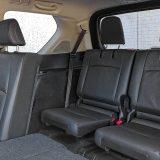 Treći red sjedala čini Land Cruiser prijevoznikom za sedam osoba. Dakako, ova su sjedala preklopiva