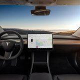 autonet_Tesla_Model_3_2017-07_31_003