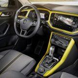 autonet_Volkswagen_T-Roc_2017-08-24_004