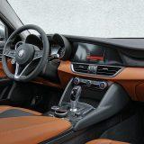 Testirana je Giulia 2.2 JTDM Super serijski imala i sustav autonomnog kočenja pri brzinama do 50 km/h, sustav nadzora mrtvog kuta i upozorenje o nenamjernoj promjeni vozne trake, nadzor pritiska u pneumaticima...