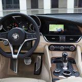 autonet_Alfa_Romeo_Giulia_2016-05-20_022