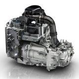 Pogonsko-prijenosni sklop razvijen je u potpunosti od strane Renaulta. Električni motor R240 ima najveću snagu od 68 kW (92 KS) između 3000 i 11300 o/min te najveći okretni moment od 220 Nm dostupan između 250 i 2500 o/min