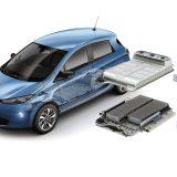 Litij-ionska baterije Renaulta Zoe Z.E. 40 ima 192 ćelije raspoređene u 12 modula i ukupnu masu od 305 kg. Uz nominalni napon od 400V, kapacitet ove baterije iznosi 41 kWh