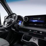autonet_Mercedes-Benz_Sprinter_2017-12-06_002