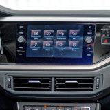 Infotainment sustav s 8-inčnim zaslonom osjetljivim na dodir spada u detalje s popisa dodatne opreme. Tu su i dva USB priključka te Bluetooth podrška