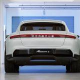 autonet_Porsche_Mission_E_Cross_Turismo_2018-03-07_002