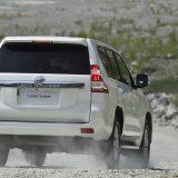 autonet_Toyota_Land_Cruiser_2015-12-03_015