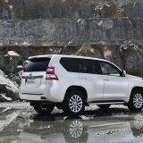 autonet_Toyota_Land_Cruiser_2015-12-03_022