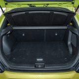 Prtljažnik prima od 381 litre na više, lako je pristupačan, a obaranjem naslona stražnje klupe oslobađa se dodatni prostor s potpuno ravnom podnicom