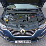 Common Rail motor 1.6 Energy dCi u izvedbi sa 118 kW (160 KS) i 380 Nm pri 1750 o/min predstavlja dobar izbor za obiteljski karavan koji mora biti štedljiv. Skromni se obujam tek donekle osjeća na uzbrdici