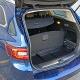 Standardni obujam prtljažnika iznosi 492 dm3, a zajedno s prostorom ispod podnice ta brojka dostiže 572 dm3