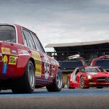 "AMG Mercedes 300 SEL 6.8 ""Rote Sau"" iz 1971. i SLS AMG GT3"
