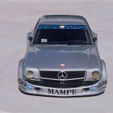 AMG 450 SLC je pobijedio na utrci touring automobila na stazi Nürburgring Nordschleife, 1980. godine