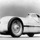 """Rudolf Caracciola je Mercedes-Benz W 25 iz 1934, namijenjen obaranju brzinskih rekorda, nazvao """"trkaćom limuzinom"""""""