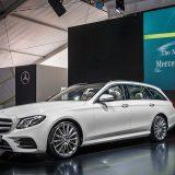autonet_Mercedes-Benz_E_klasa_T_Stuttgart_2016-06-08_010