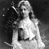 Mercédès Adrienne Ramona Manuela Jellinek (1889.-1929.) - tragična heroina koja je svoje ime podarila najprepoznatljivijoj marki automobila