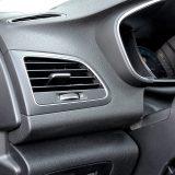 Renault s prekidačem za otvaranje poklopca spremnika za gorivo?