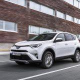 autonet_Toyota_RAV4_Hybrid_2016-02-05_001