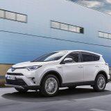 autonet_Toyota_RAV4_Hybrid_2016-02-05_003