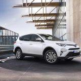 autonet_Toyota_RAV4_Hybrid_2016-02-05_006