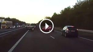 Tesla: Autopilot prepoznao neizbježnu nesreću i zaustavio automobil na vrijeme