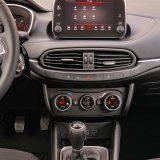 U serijsku opremu paketa Lounge spada i napredni Infotainment sustav s dodirnim zaslonom dijagonale od 7 inča i Bluetooth podrškom