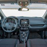 Dodatni paket Udobnost uključuje prednja grijana sjedala, prednja sjedala podesiva prema visini, naslon za ruke sprijeda, samozatamnjujući unutrašnji retrovizor i unutrašnja LED svjetla na krovu