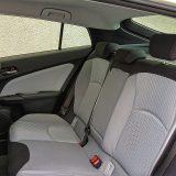 Novi je Prius 60 mm dulji, 15 širi i 20 mm niži od prethodnika, a ponuda prostora unutar putničke kabine je povećana