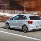 autonet_Volkswagen_Polo_2017-06-16_010