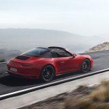 autonet_Porsche_911_GTS_2017-01-10_014