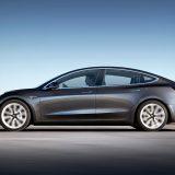 autonet_Tesla_Model_3_2017-07_31_002