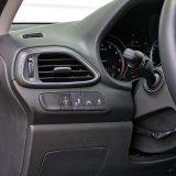 U serijsku opremu paketa Premium Plus spadaju o sustav za nadzor mrtvog kuta, sustav za zadržavanje vozila u traci te dakako, elektronički sustav stabilnosti (ESP)
