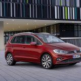 autonet_Volkswagen_Golf_Sportsvan_2017-08-23_001