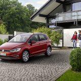 autonet_Volkswagen_Golf_Sportsvan_2017-08-23_004