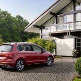 autonet_Volkswagen_Golf_Sportsvan_2017-08-23_006
