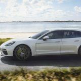autonet_Porsche_ Panamera_Turbo_S_E-Hybrid_Sport_Turismo_2017-09-27_003