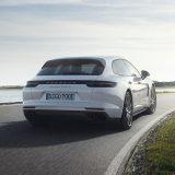 autonet_Porsche_ Panamera_Turbo_S_E-Hybrid_Sport_Turismo_2017-09-27_004
